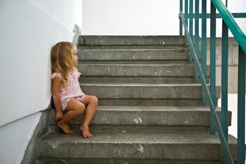 Abandonul copilului: ce spune legea