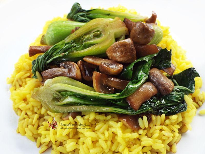 ciuperci wok
