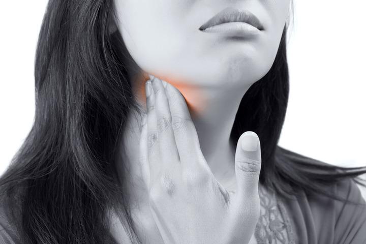 Cancerul la stomac: simptome, factori de risc, metode de tratare şi prevenţie