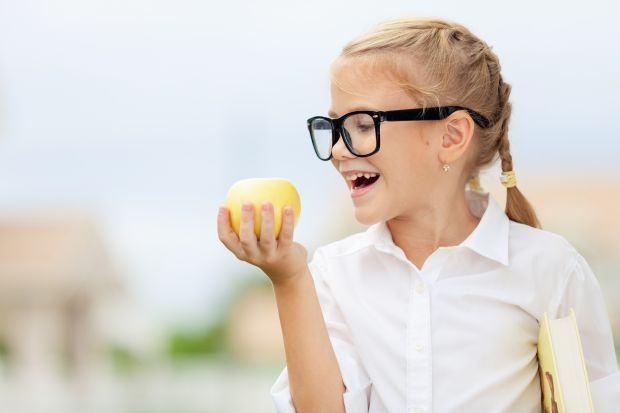 Copilul are o respirație urât mirositoare? 11 remedii naturiste la îndemână