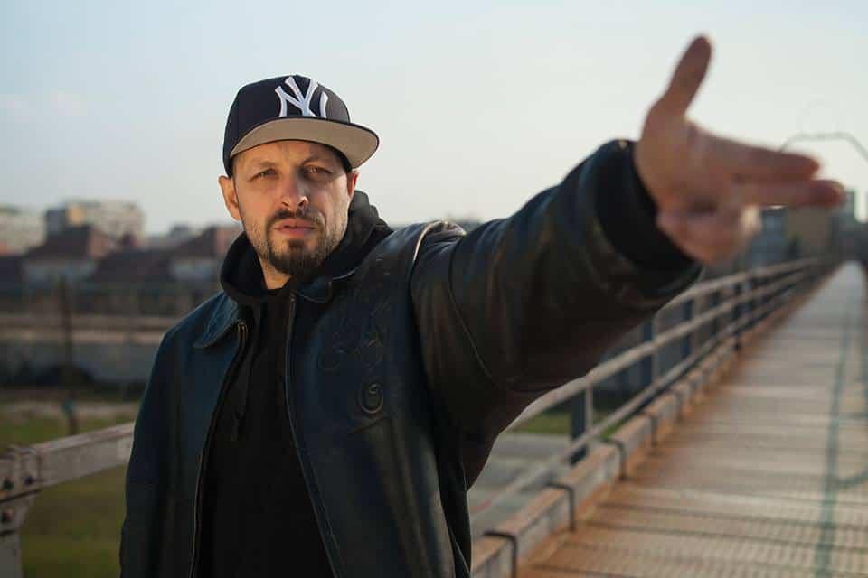 Ombladon – Hip-Hop Romanesc | Trupa Parazitii