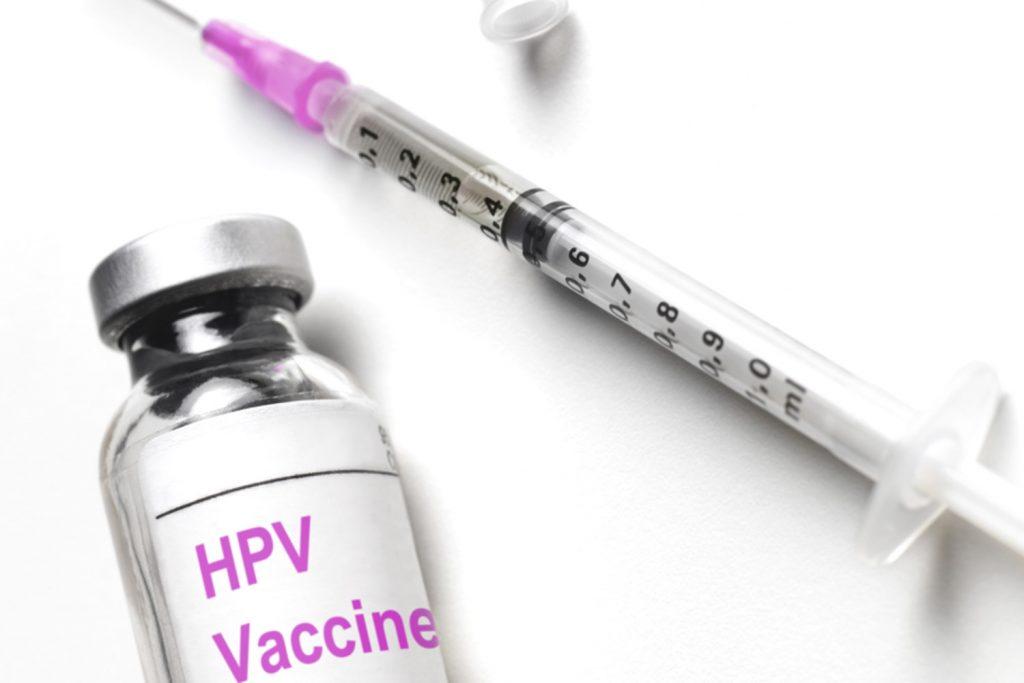 human papillomavirus (hpv) vaccine is recommended for what population squamous papilloma eyelid icd 10