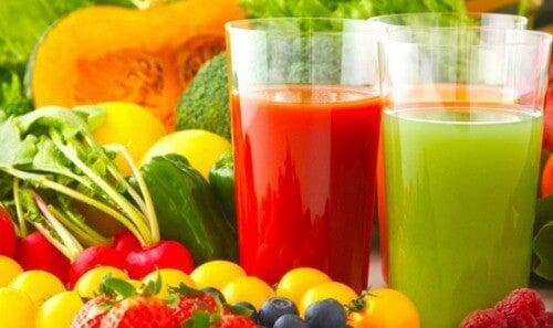 Detoxifierea ficatului cu suc de mere și înlăturarea calculiilor biliari - Antena Satelor