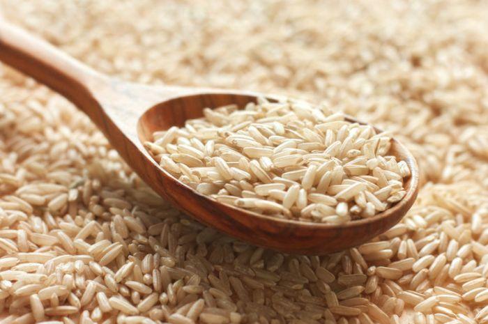 Diete care alungă obezitatea: usturoiul și orezul crud