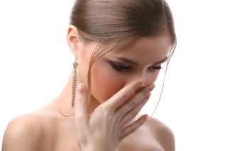 Respiratia urat mirositoare: cauze si tratament