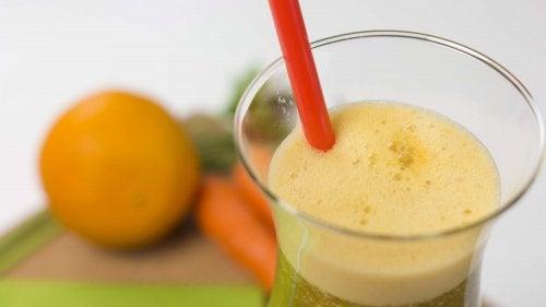 Cura de detoxifiere cu suc de grapefruit, portocală şi lămâie - ghise-ioan.ro